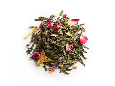 Thé du Hammam, green tea with berries, rose and orange blossom