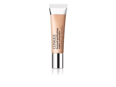 Beyond Perfecting Super Concealer Camouflage + 24hr Wear.