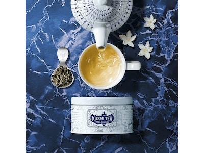 White Anastasia tea