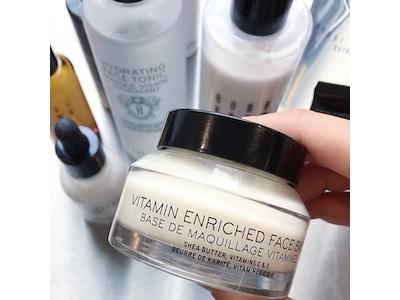 Vitamin Enriched Face Base - Base de Maquillage Vitaminée