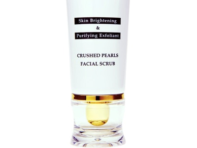 Crushed Pearls Facial Scrub