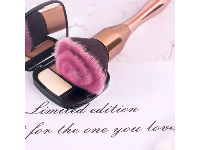 Stilettos Limited Edition Multi-Tech Rose Face Brush