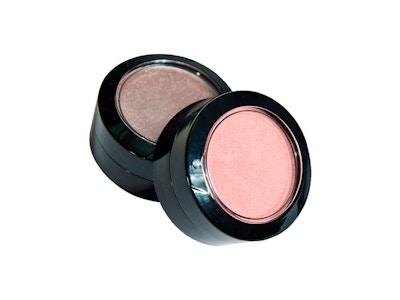 Vivalyn  pearl eyeshadow