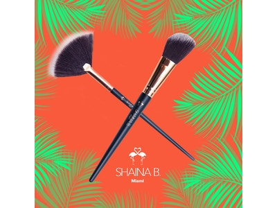 Shaina B. Miami Contour and Highlighter Brush
