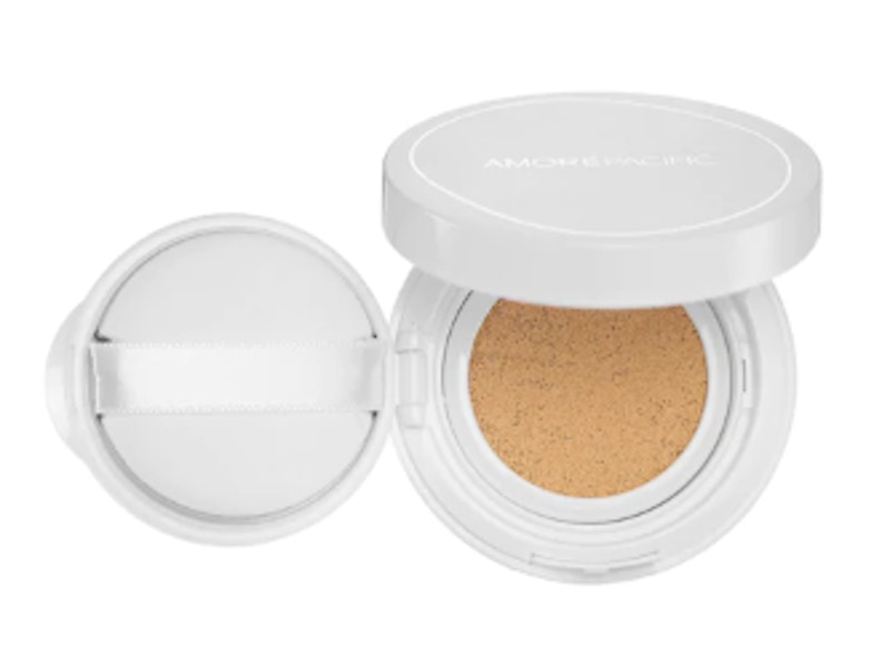 Color Control Cushion Compact  Broad Spectrum SPF 50+ Light Medium Yellow (Shade 204)