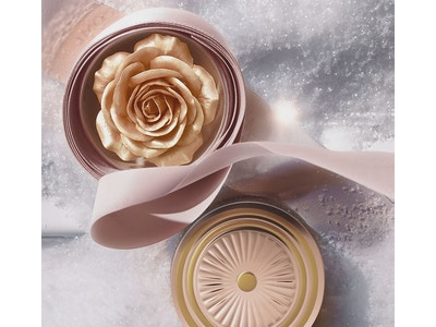 Starlight Sparkle La Rose Poudrer Highlighter